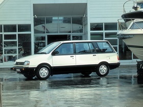 Отзывы об Mitsubishi Space Wagon